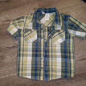 🦈2/$13 Plaid button down shirt